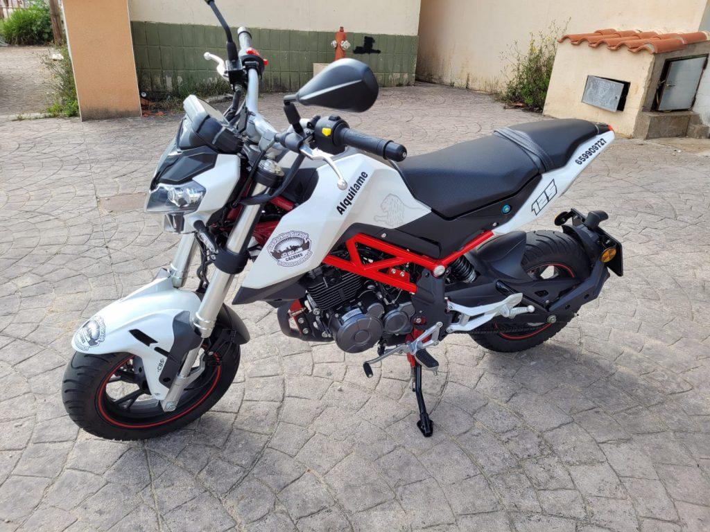 alquiler-de-motos-2