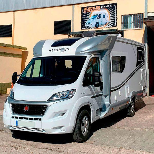 Alquiler autocaravana 5 plazas Cáceres | GasParking